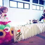 balloon display bride and groom