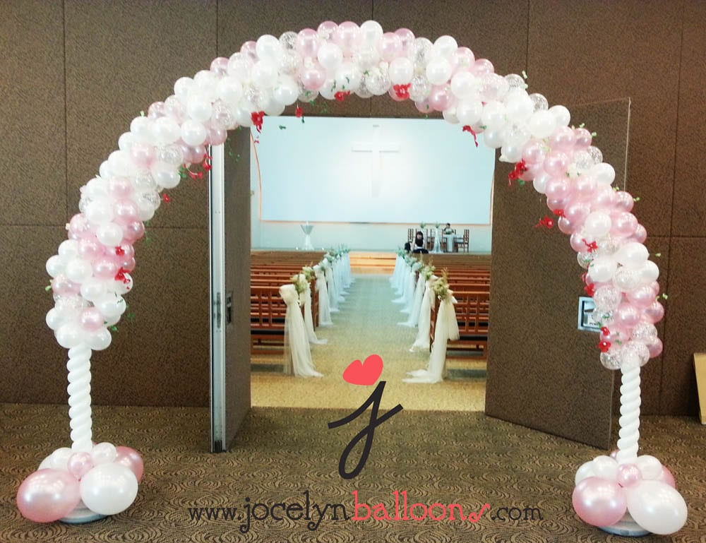 Wedding balloon decorations jocelynballoons the for Balloon arch decoration ideas
