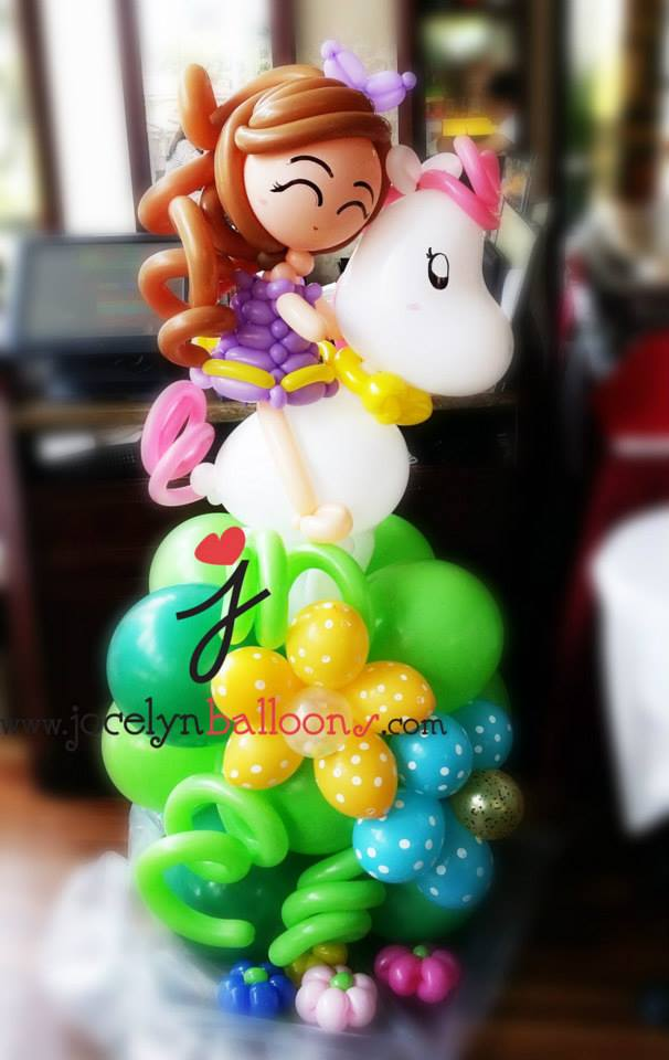 Balloon sculpture-girl With a Horse