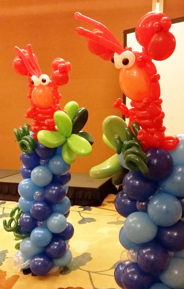 Balloon column lobster jocelynballoons the leading for Balloon decoration company