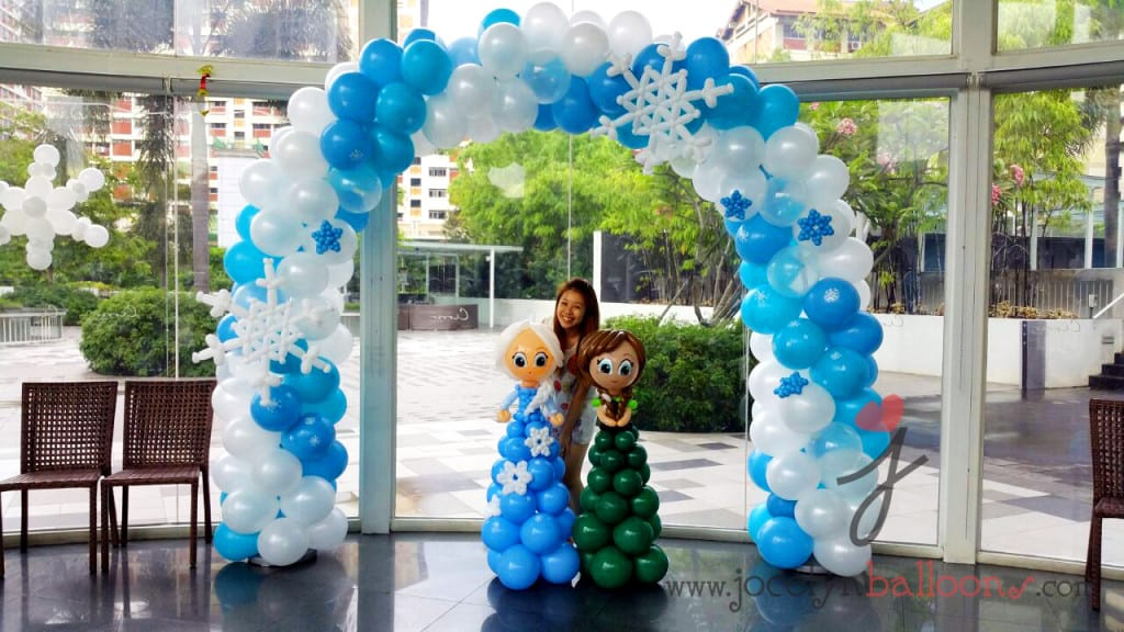 frozen theme balloon arch