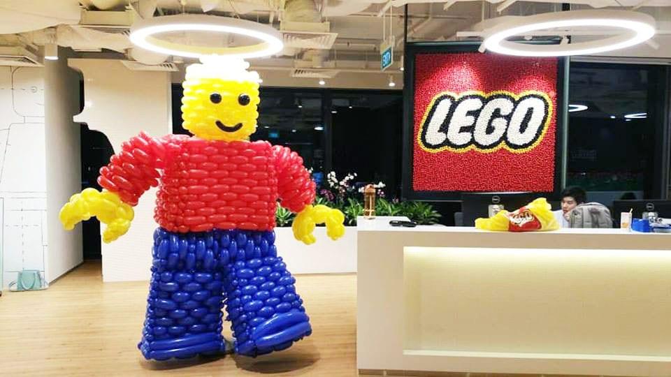 lego balloon man
